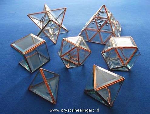 Heilige geometrie merkaba piramide platonische lichamen